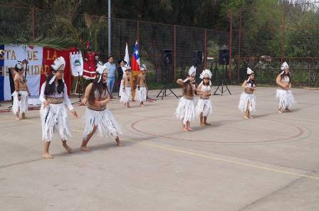 21740636 1977966989115517 7957679957191256671 n - (VIDEO) FIESTA DE LA CHILENIDAD ESCUELAS MICROCENTRO