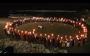 27604644 10215360985320108 1021413254 o 300x188 - (VIDEO) HERMANDAD DE LA COSTA REALIZO RITUAL DE PLAYA